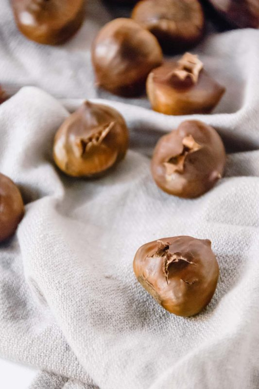 The smell of chestnuts roasting in an oven (or if your lucky enough, a fire) is the smell and sign that Christmas is around the corner! - thebeaderchef.com #chestnuts #roasted #christmas #holidays #fire #oven