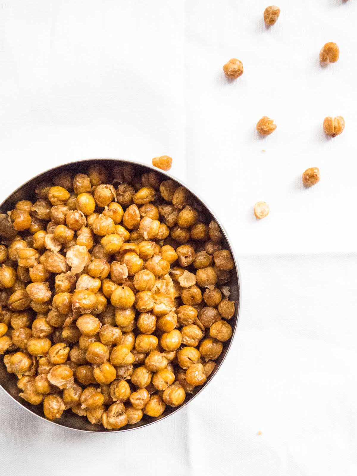 Crunchy Salted Roasted Chickpeas