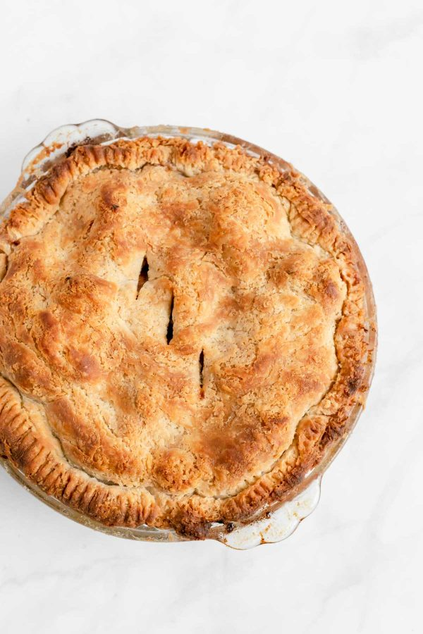 Top view of a cooked apple pie.